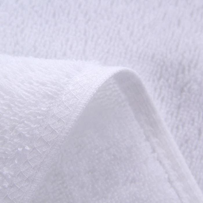 Khăn khách sạn màu trắng 70x140