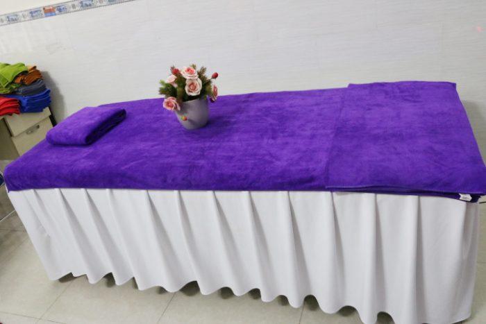 Khăn trải giường spa màu tím