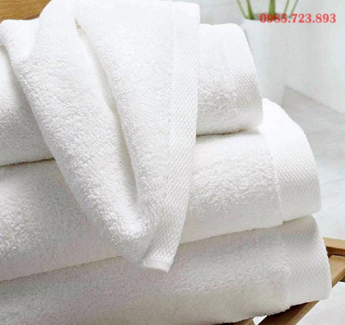 khăn tắm áo choàng khách sạn